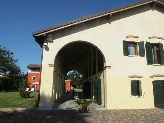 Venice Resort: Exterior