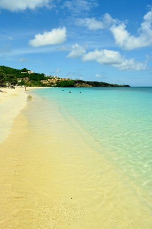 Coyaba Beach Resort : Great spot on the beach