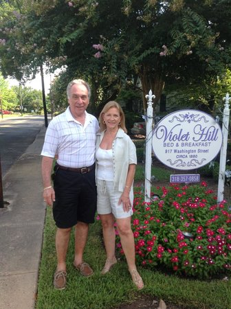 Violet Hill Bed and Breakfast: Lovely Stay