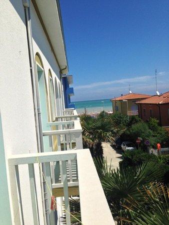 Hotel Biancaneve: vista da camera