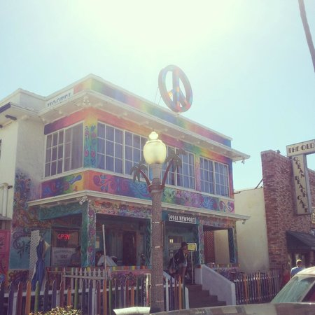 USA Hostels Ocean Beach : Cant miss this place!!