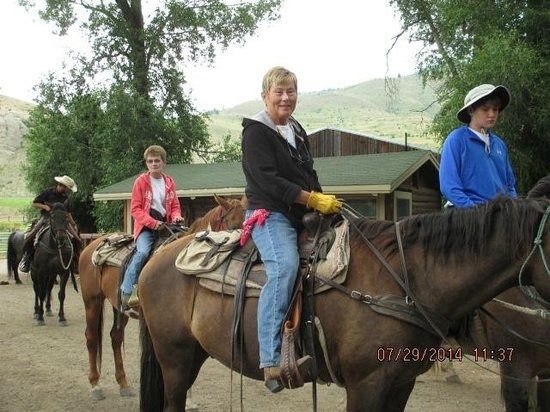 Spotted Horse Ranch: off we go