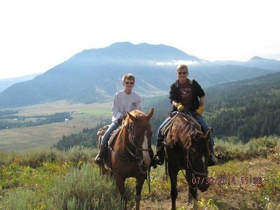 Spotted Horse Ranch: at the top of a trail ride