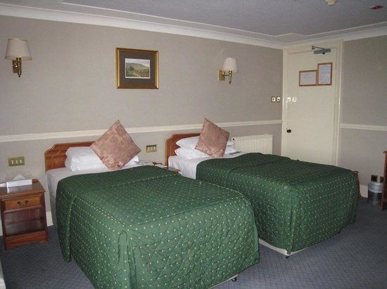 Cairn Hotel: Superior twin