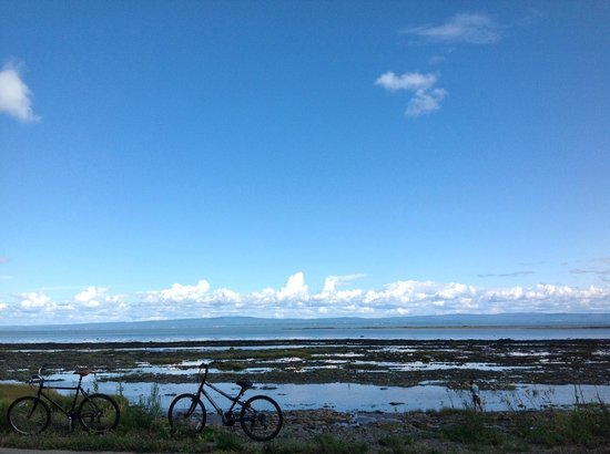 L'Isle-aux-Coudres, Canada: На велосипедах по Л'Иль-о-Кудр
