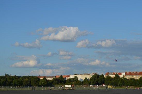 Tempelhofer Park: Tempelhof