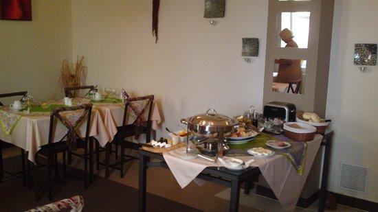 SwissHouse Apartments & Spa: Breakfast room