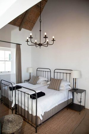 PenHill Manor and Self-Catering Cottages: Loft - Bedroom