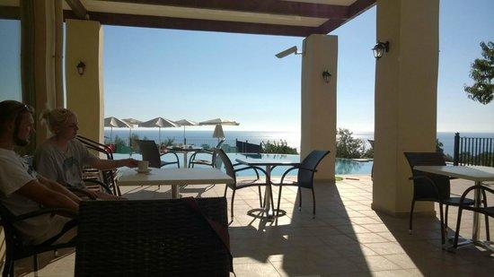 Livadaki Village Hotel : View from Breakfast area