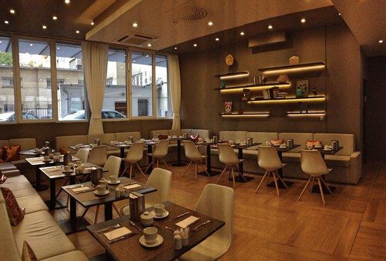 ROOMbach Hotel Budapest Center: Sala colazioni