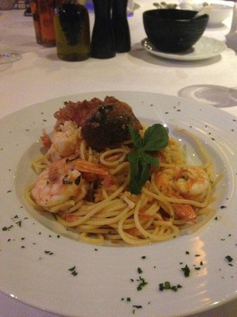 Porto Zante Villas & Spa: delicious lobster & shrimp pasta