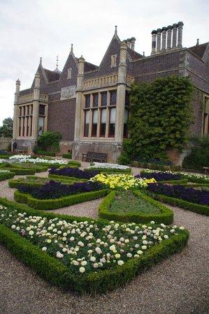 Charlecote Park: Formal gardens