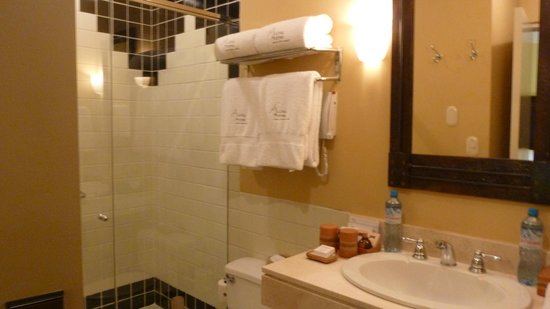Belmond Sanctuary Lodge : Nice bathroom