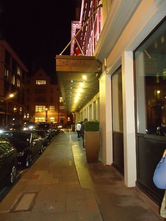 Hotel London-Mayfair: The outside