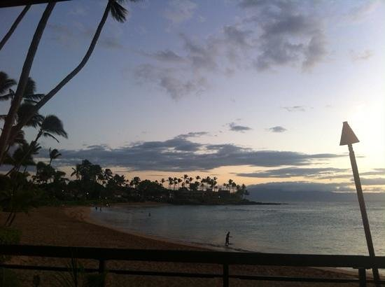 Hale Napili at sunset