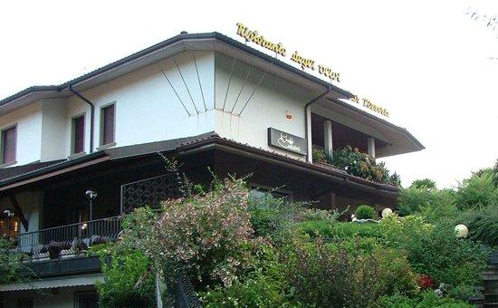 L 39 esterno picture of ristorante pizzeria degli olivi for L esterno di un ristorante