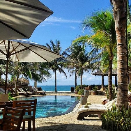 Mia Resort Mui Ne: оригинальный бассейн