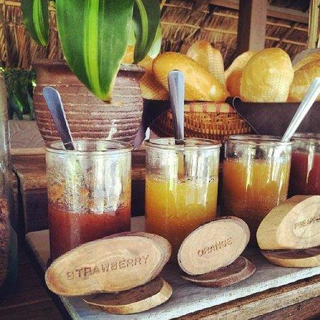 Mia Resort Mui Ne : Красивая сервировка, вкусная еда