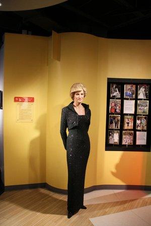 Madame Tussauds Bangkok : lady diana