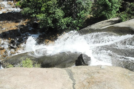North Cheyenne Cañon Park and Starsmore Discovery Center : That's a waterfall!