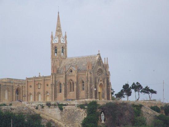 Mgarr, Malta: Собор Лурдской Божьей Матери.