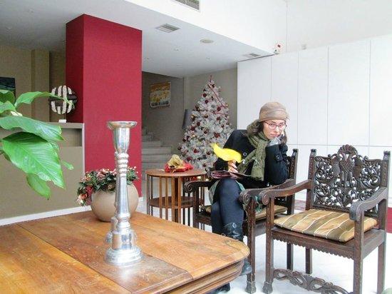 Art Suites Athens: Сижу, в ожидании Новогоднего чуда под названием менеджер отеля...