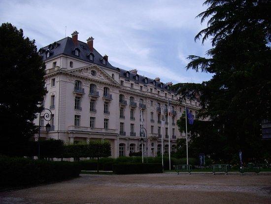 Waldorf Astoria Trianon Palace Versailles : Hotel view