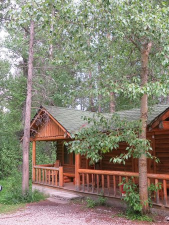 Shoshone Lodge & Guest Ranch: our cabin