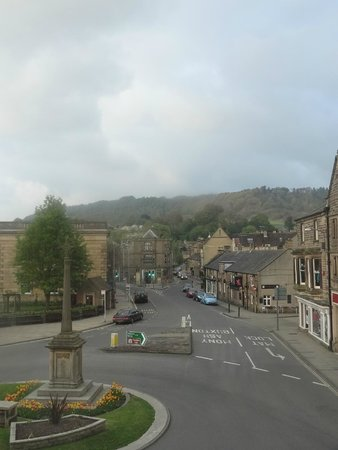 Rutland Arms Hotel Bakewell: View from Jane Austen room