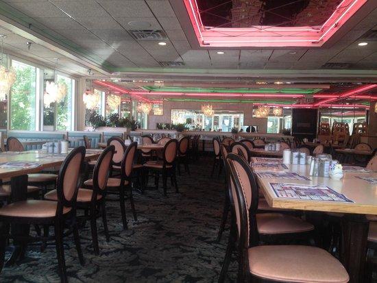 Mays Landing Diner: Dining room