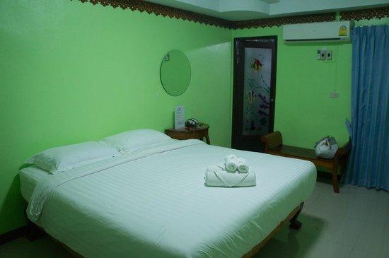 Montri Resort and Spa: Habitación