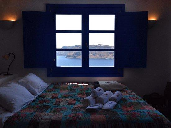 Esperas: The BLUE into the Window!