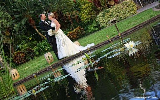 Fairmont Kea Lani, Maui: Coy Pond on the ground