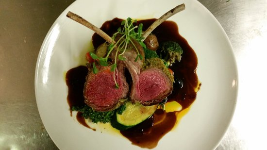 The Maple Leaf: Dijon and parsley crusted lamb rack with mint jus, seasonal vegetables,  roasted potatos