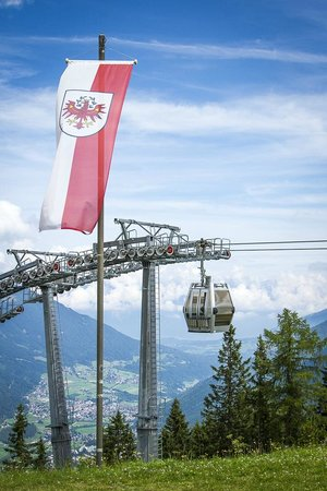Alpeiner-Nature Resort Tirol : On top of the Elferlift, starts 20 meters from the entrance of the hotel.