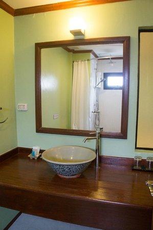 Estia Chiang Mai Hotel : Baño