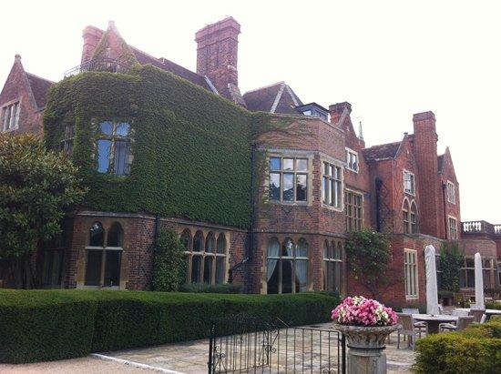 La demeure magnifique picture of warren house for The warren house