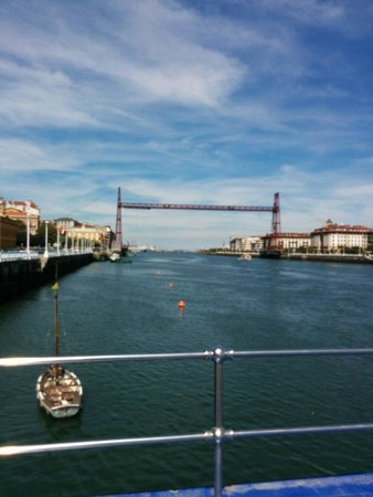 Puente Bizkaia: The bridge