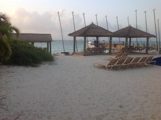 Beaches Turks & Caicos Resort Villages & Spa : by the beach