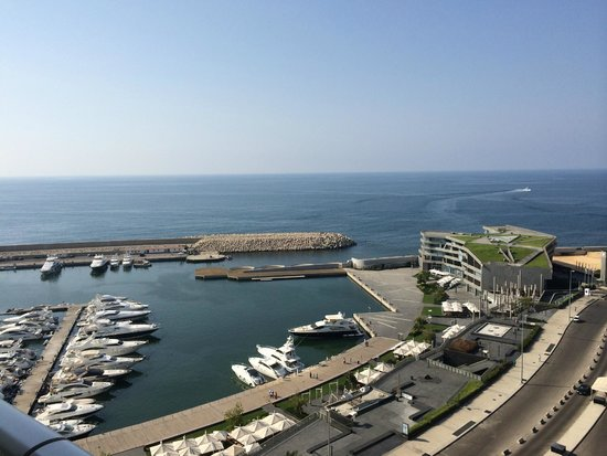 Four Seasons Hotel Beirut: Can see our boat