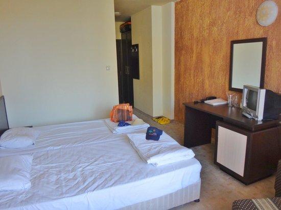 Amaris Hotel: Gode senge - dårlige hovedpuder