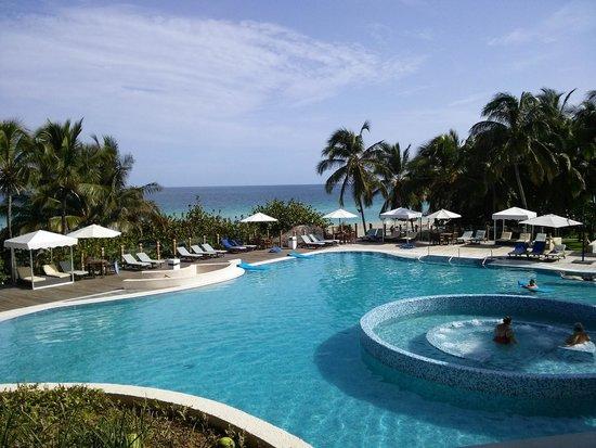 Melia Las Americas: Main pool