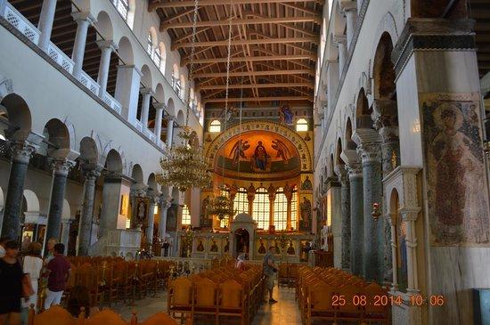 Church of Agios Dimitrios : la navata centrale