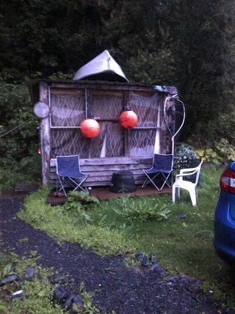 Nauti Otter: Cabin (outside view)