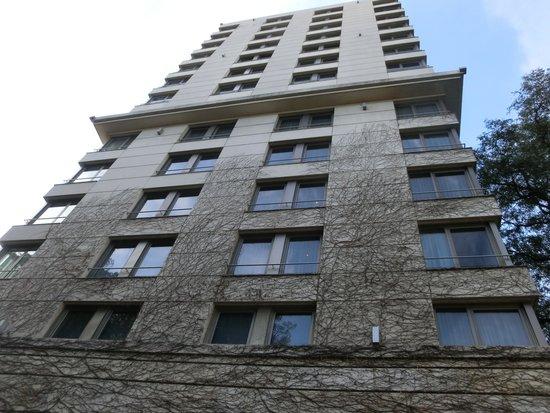 Palacio Duhau - Park Hyatt Buenos Aires: A torre onde estão os quartos mais novos