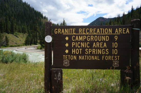 Granite Hot Springs : Directional sign on US 191 travelling south