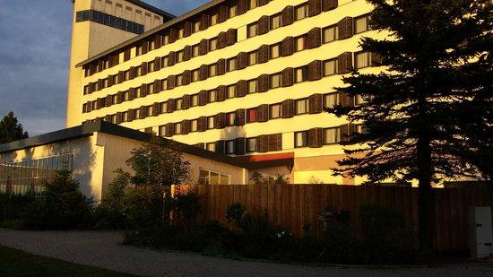 Hotel Ringberg: Achterzijde hotel