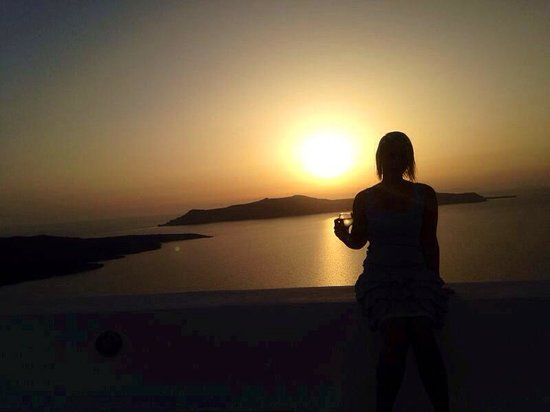 Archontiko Santorini: Sonnenuntergang vom Hotel aus.