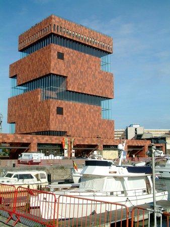 MAS - Museum aan de Stroom: MAS