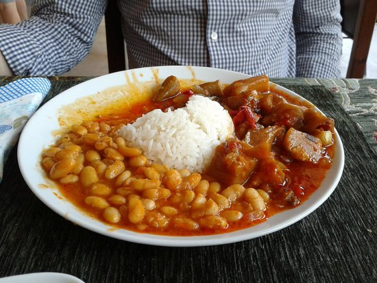 Zeytin Cafe ve Ev Yemekleri: Melanzane